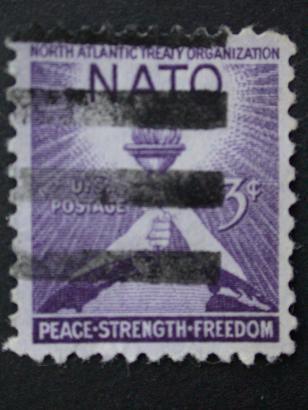 Timbre: Traité de l'OTAN 3c