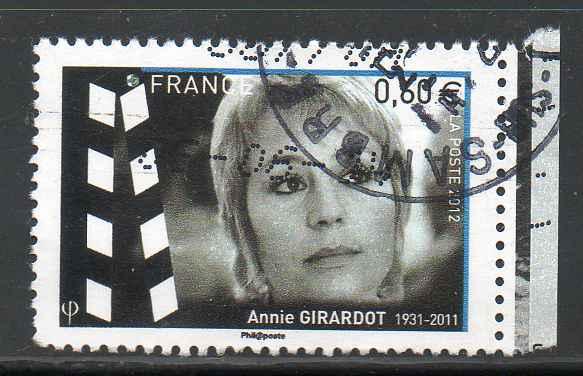 Timbre: Annie Girardot