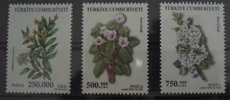 Timbre: (P) Fleurs (3 valeurs de 2001-03)