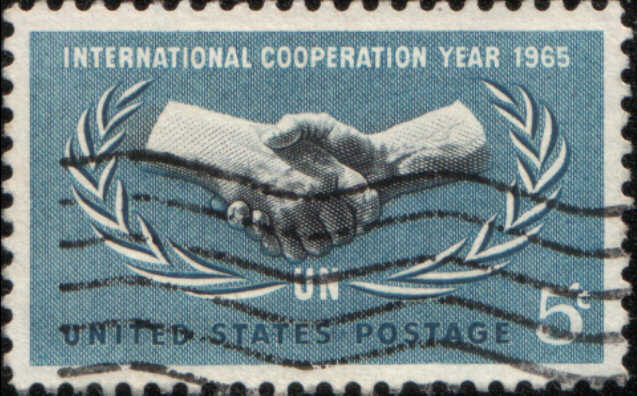 Timbre: 20 ans des Nations-Unies et Année de la Coopération