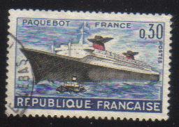 timbre: Paquebot France - tache brune au dos
