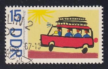 timbre: Journée de l'enfance voiture pompier