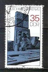 Timbre: Mémorial international d'Auschwitz - Birkenau
